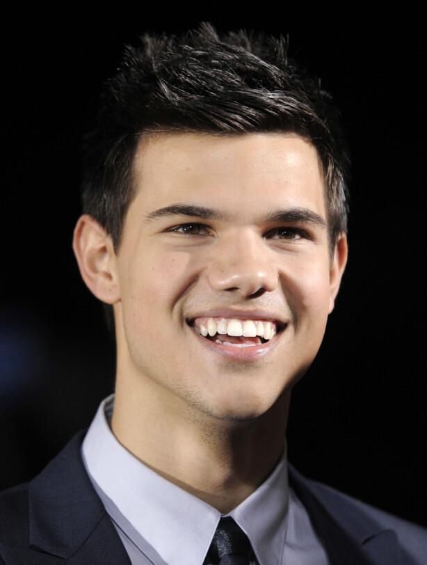 KJEKKAS: På grunn av sitt lekre ytre, gikk Lautner rett hjem hos målgruppen som vampyrfilmene solgte seg inn hos. Her er han fotografert i 2009. Foto: AP, NTB scanpix