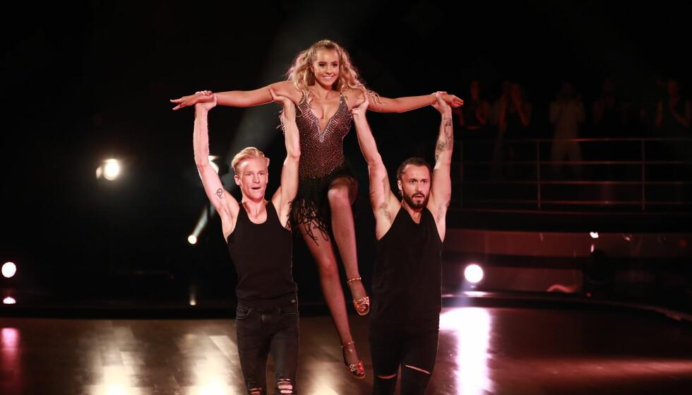 TRIO: Martine Lunde og dansepartner Fredric Brunberg danset med dommer Egor Filipenko forrige lørdag. Foto: TV 2