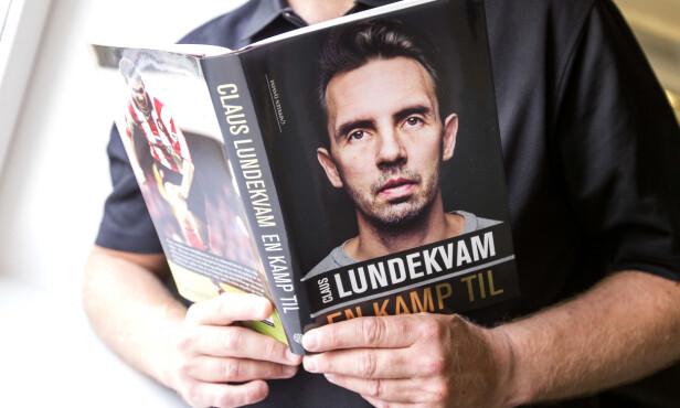 <strong>ÅPNET OPP:</strong> Det var i 2015 Lundekvam ga ut selvbiografien «Claus Lundekvam - En kamp til», der han åpnet seg om de tunge tidene i livet. Foto: NTB Scanpix