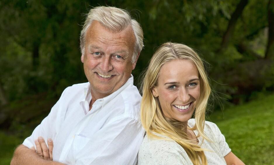 FAMILIEDUO: Hallvard (61) og Katarina Flatland (29) er begge erfarne programledere. Fredag dukker de begge opp i «Idol». Her avbildet sammen tidligere i år. Foto: Tore Skaar / Se og Hør