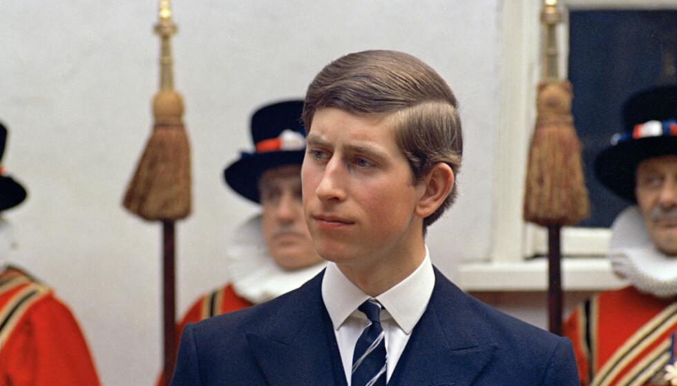 UNG OG USIKKER: Prins Charles avbildet i mars 1968, 19 år gammel. Foto: NTB Scanpix