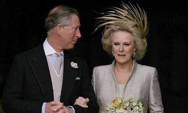 FIKK SIN CAMILLA: Prins Charles og Camilla giftet seg i april 2005. Foto: NTB Scanpix