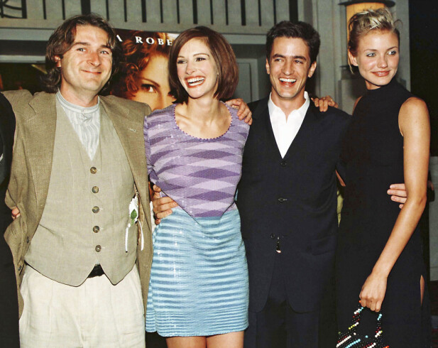 <strong>DEN GANG DA:</strong> Julia og Dermot (midten) sammen med regissør P.J. Hogan og motspiller Cameron Diaz på «Min beste venns bryllup»-premieren i New York sommeren 1997. Foto: Reuters/ NTB scanpix