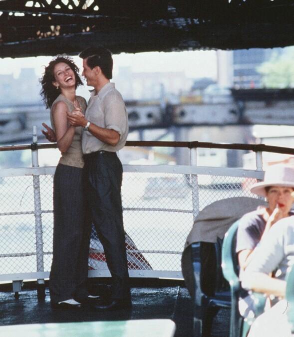 <strong>FØRSTE MØTE:</strong> Julia og Dermot ble gode venner da de møttes under innspillingen av «Min beste venns bryllup» i 1997. Foto: Rex Features/ NTB scanpix