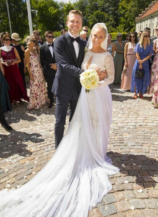 EVENTYRBRYLLUP: Katarina og Harald giftet seg på Holckenhavn slott på Fyn i juli i år. Foto: Espen Solli/ Se og Hør