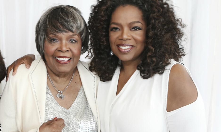 MOR OG DATTER: Oprah la ut et bilde på Instagram i går hvor hun takket for kondolanser og gode ord etter at moren, Vernita Lee, døde. Foto: AP/ NTB scanpix