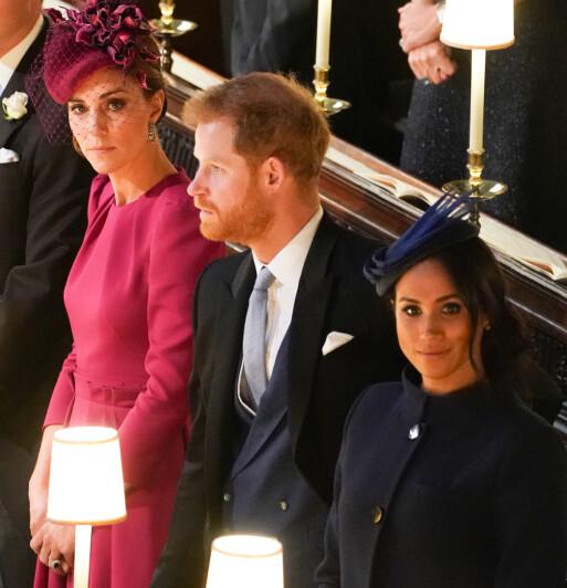 <strong>ISFRONT:</strong> Thomas Markle mener at det nære forholdet han hadde til datteren forsvant etter at hun giftet seg med prins Harry. Her er paret sammen med hertuginne Kate i bryllupet til prinsesse Eugenie i oktober. Foto: NTB scanpix