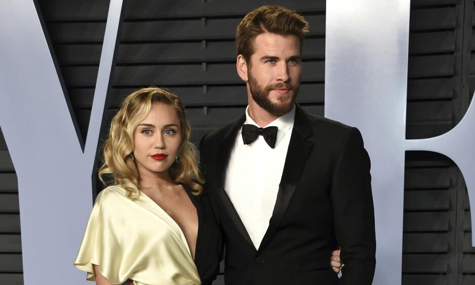 <strong>GIFTET SEG:</strong> I desember i fjor giftet Miley Cyrus seg med skuespillerkjekkasen Liam Hemsworth. Foto: NTB Scanpix