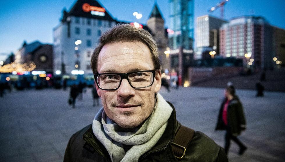 MØRKE FAMILIEKAPITLER: Tidligere fotballspiller Ole Martin Årst klarte ikke å dele sin kontrastfylte familiehistorie da det sto på som verst. Nå forteller han åpent om opp- og nedturene. Foto: Lars Eivind Bones / Dagbladet