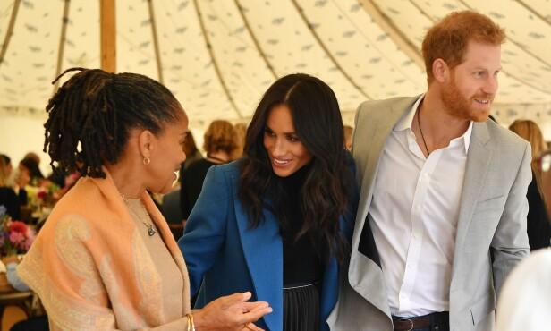 <strong>NY TRADISJON:</strong> I år er moren til Meghan Markle, Doria Ragland, angivelig invitert til å feire julaften med den britiske kongefamilien. Foto: NTB Scanpix