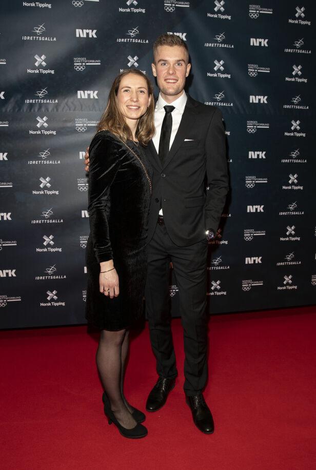 MANN OG KONE: Filip Ingebrigtsen og Astrid Mangen Cederkvist giftet seg i fjor. I kveld strålte de på den røde løperen. Foto: Andreas Fadum / Se og Hør