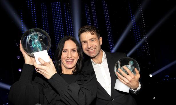 <strong>VINNERE:</strong> Marit Bjørgen og Ole Einar Bjørndalen ble tildelt «Idrettsgallaens hederspris». Foto: Andreas Fadum / Se og Hør