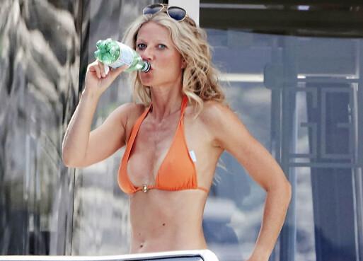 <strong>PÅ FERIE:</strong> Her er Gwyneth avbildet på en annen, avslappende ferie. Nærmere bestemt på Capri i fjor sommer. Foto: NTB scanpix