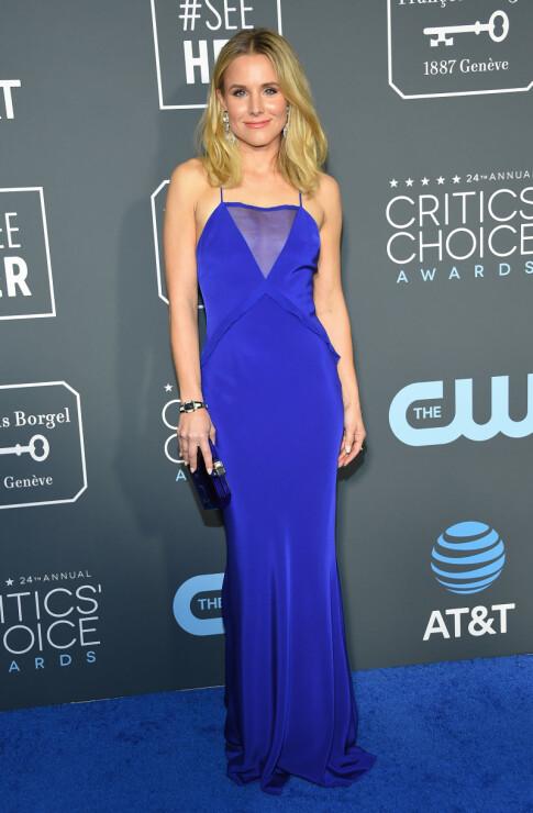 I BLÅTT: Kristen Bell skilte seg ut i en elektrisk blå kjole. Foto: NTB scanpix