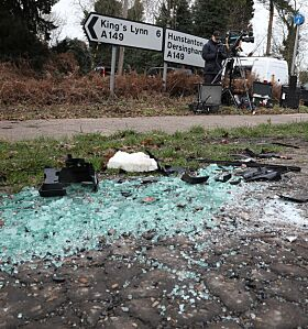 DRAMATISK: Prins Philip kom uskadd fra bilulykken. Verre var det med bilene som var innblandet. Foto: NTB Scanpix
