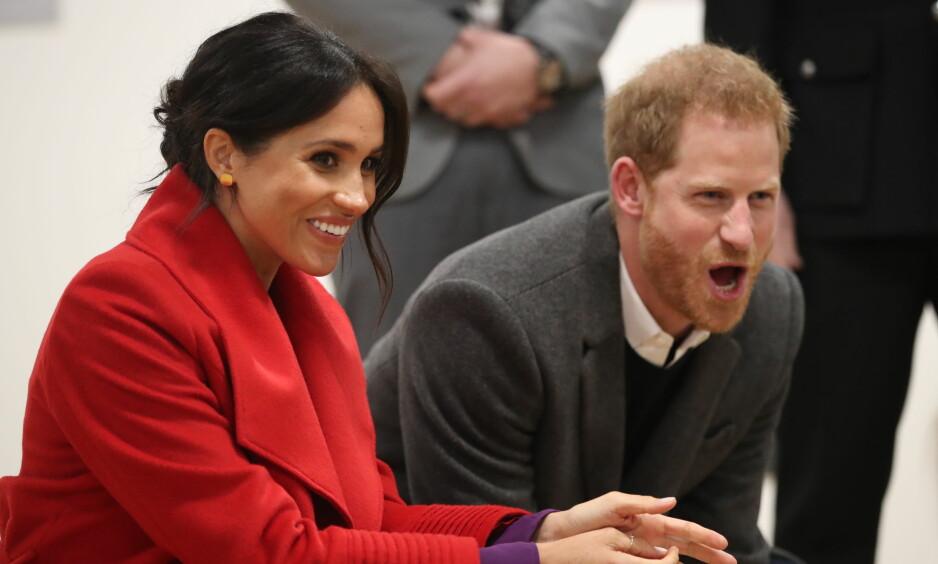 SNART FORELDRE: Hertuginne Meghan (37) og prins Harry (34) blir snart foreldre for første gang. Paret har enda ikke røpet kjønnet på babyen, men skal ha bekreftet at barnet kommer i april. Foto: NTB Scanpix