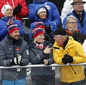 IDRETTSGLEDE: Både den svenske og den norske kongefamilien var samlet for å heie under ski-VM i Falun i 2015. Foto: NTB Scanpix