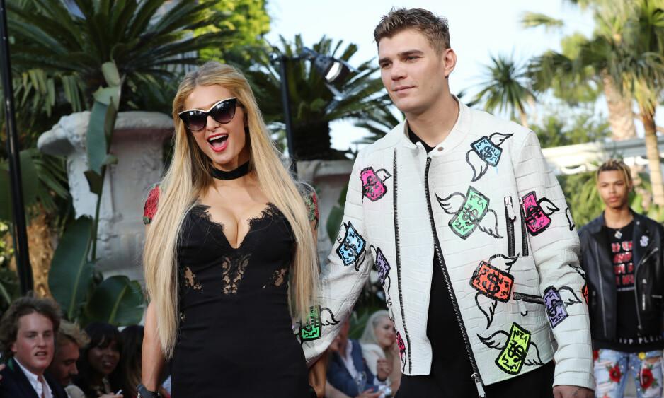 <strong>SLUTT:</strong> I litt over to år var Paris Hilton sammen med modellen og skuespilleren Chris Zylka. Foto: NTB Scanpix