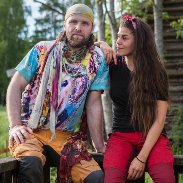 DUO: Aune Sand og Kristin Gjelsvik møtes inne på «Torpet». Foto: Alex Iversen / TV 2