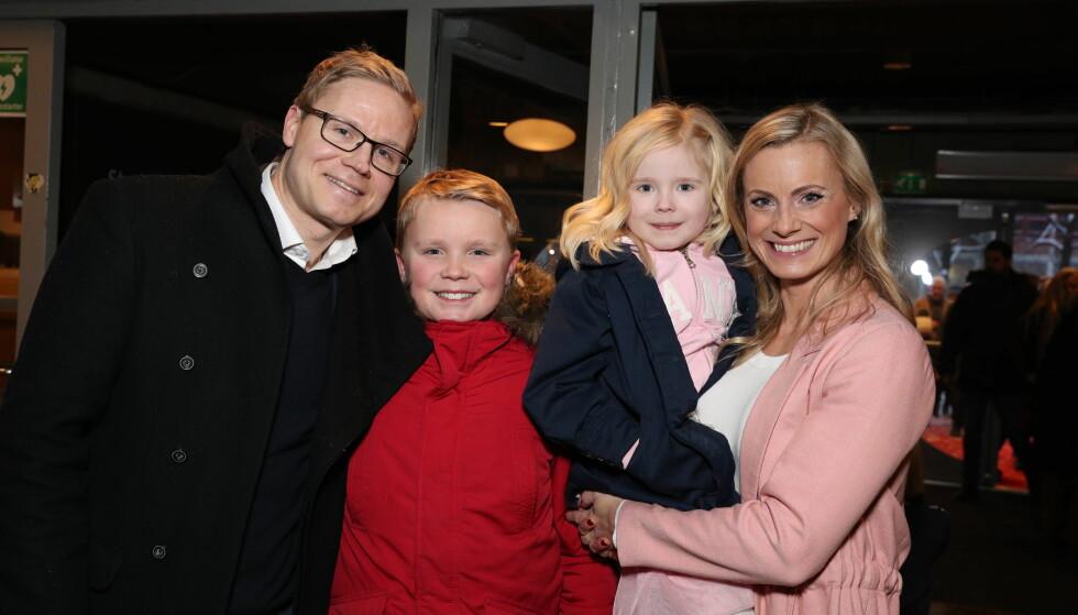 <strong>PREMIERE KLARE:</strong> Silje Sandmæl tok med seg hele familien til kveldens premiere. Foto: Andreas Fadum / Se og Hør
