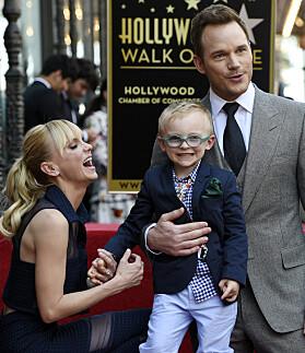 GODE VENNER: Chris har sønnen Jack med Anna Faris. Eksparet har bevart vennskapet og kontakten etter skilsmissen. Foto: NTB Scanpix