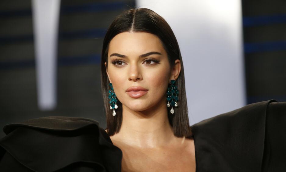 AKNE: Kendall Jenner (23) sliter med akne, og føler et umenneskelig press fra skjønnhetsbransjen og sosiale medier. Foto: NTB Scanpix
