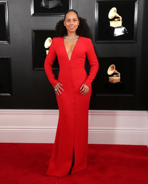 <strong>RØD:</strong> Alicia Keys matchet den røde løperen med en fotsid, rød kjole. Foto: NTB Scanpix
