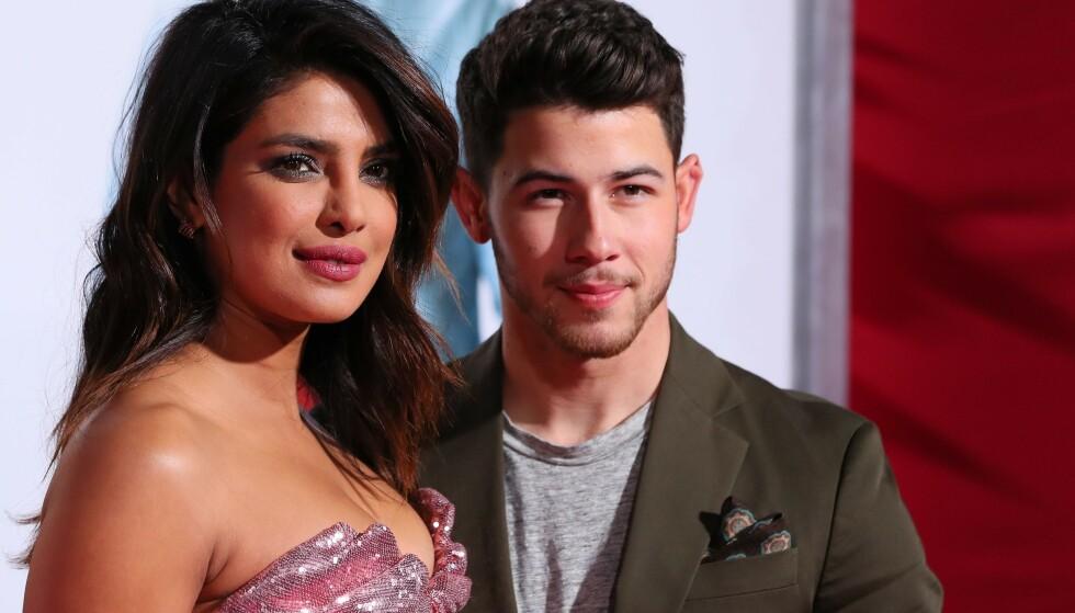 <strong>EKTEPAR:</strong> Priyanka Chopra hadde med seg ektemannen Nick Jonas på premieren. Foto: NTB Scanpix