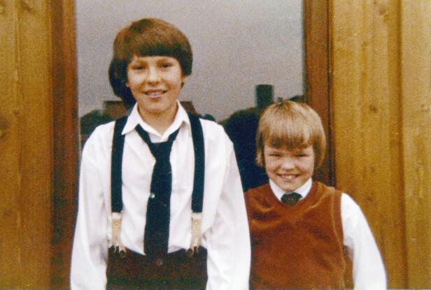 TØFF BARNDOM: Jan Thomas og Bjørn vokste opp med en far som de ikke har kontakt med i dag. Etter at foreldrene ble skilt, hadde de det trygt og godt hos moren. Her fra 1976. Foto: Privat