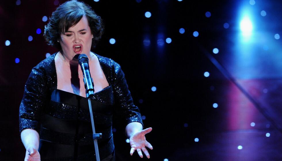 STJERNE: Susan Boyle har gjort stor suksess som artist, men de siste åra har hun trukket seg noe tilbake. Nå lover hun ny musikk i 2019. Her avbildet i 2010. Foto: NTB Scanpix