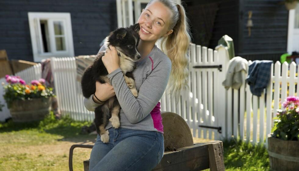 <strong>«FARMEN»-FAVORITT:</strong> Mange la sin elsk på Martine Lunde etter å ha sett henne i «Farmen kjendis». Det er derimot ikke alle som vil henne godt. Foto: TV 2