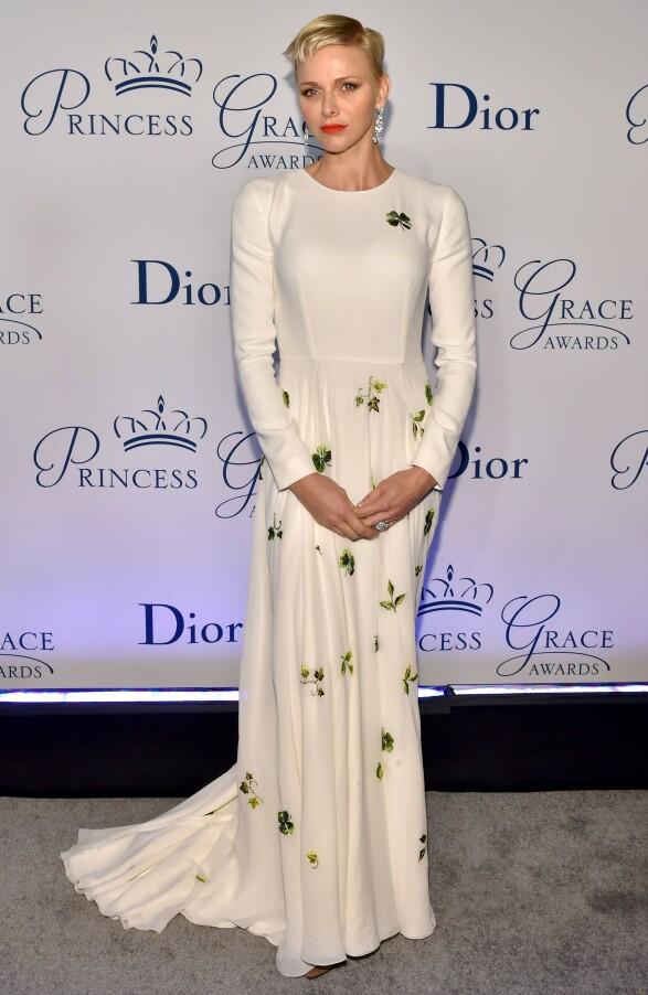 MOTERIKTIG: Fyrstinne Charlene av Monaco er kjent for sin luksusstil, men brukte «bare» 645 000 kroner på klær i fjor. Foto: NTB Scanpix / Rex Shutterstock