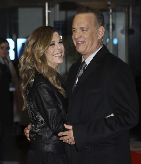 <strong>STRÅLER SAMMEN:</strong> Rita Wilson og Tom Hanks har vært gift i over 30 år. Foto: NTB scanpix