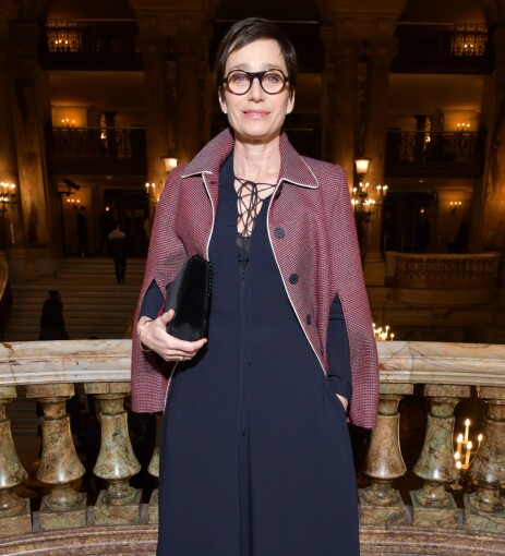 SOFISTIKERT: Lady Kristin Scott Thomas under moteuka i Paris, våren 2018. Foto: NTB Scanpix