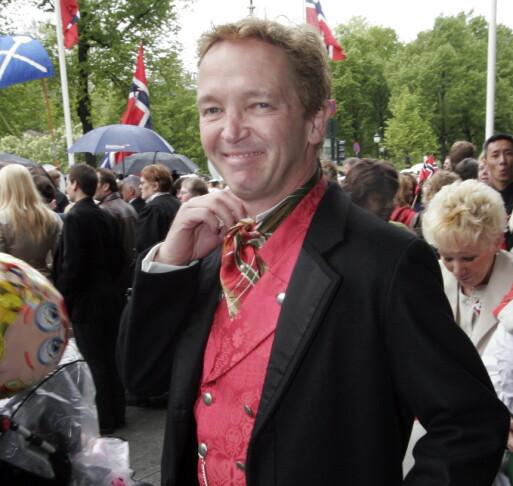 DØD: Morten Røhrt døde i helgen. Han ble 64 år gammel. Her er han fotografert på 17. mai i 2006. Foto: NTB scanpix