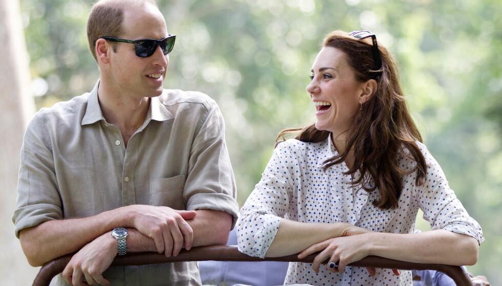 FORELSKET: På bilder tatt av prins William og hertuginne Kate ser de tilsynelatende svært forelsket ut. Dette bildet er tatt under en safari-tur i India i 2016. Foto: NTB Scanpix