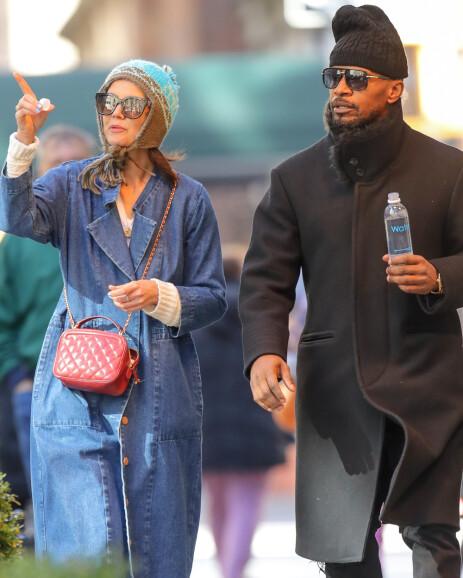 NEW YORK: Det var mens paret gikk tur i Central Park og senere besøkte The Metropolitan Museum of Art, at de ble observert. Foto: Splash News / NTB Scanpix