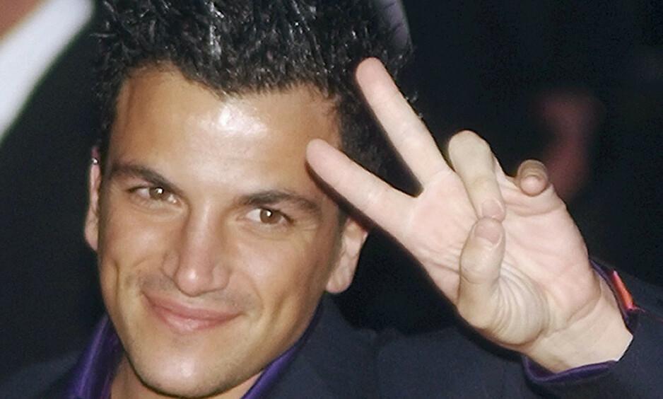 UNGPIKEIDOL: På slutten av 90-tallet smeltet han ungpikehjerter. Siden ble han en skandaløs realitydeltaker. Her er han i 2004. Foto: NTB Scanpix