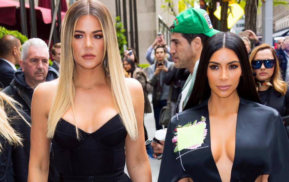 <strong>TYVERI PÅ FERIE:</strong> Kim Kardashian avslører en oppsiktsvekkende historie fra tenårene som utspant seg under en feire på Hawaii sammen med lillesøster Khloé Kardashian. Foto: NTB scanpix