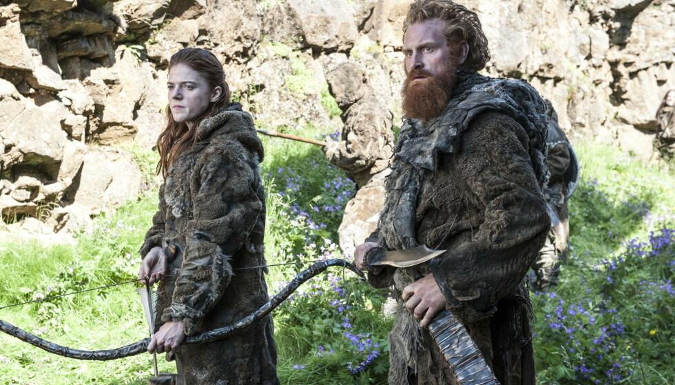 <strong>HOLLYWOOD-STJERNE:</strong> Kristofer Hivju gjør større og større suksess med «Game of Thrones». Her er han i en scene med Rose Leslie fra HBO-seriens fjerde sesong. Foto: LFI/Photoshot