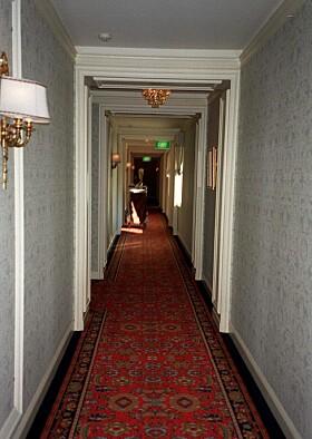 <strong>DØDE PÅ HOTELL:</strong> Hutchence ble funnet på Ritz Carlton og døde som følge av overdose. Foto: NTB Scanpix