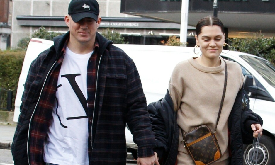 FORELSKET: I litt over ett år har Channing Tatum og Jessie J blitt koblet til hverandre. Her er de hånd i hånd i Londons gater tidligere i år. Foto: NTB Scanpix