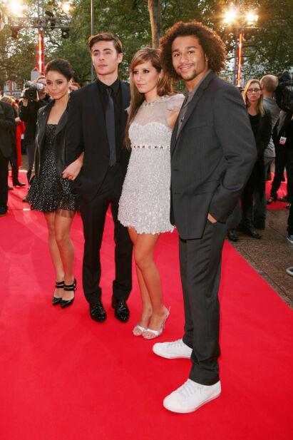 ALLE GODE TING ER TRE: Vanessa Hudgens, Zac Efron, Ashley Tisdale og Corbin Bleu på premieren av den tredje filmen i 2008. Foto: NTB Scanpix
