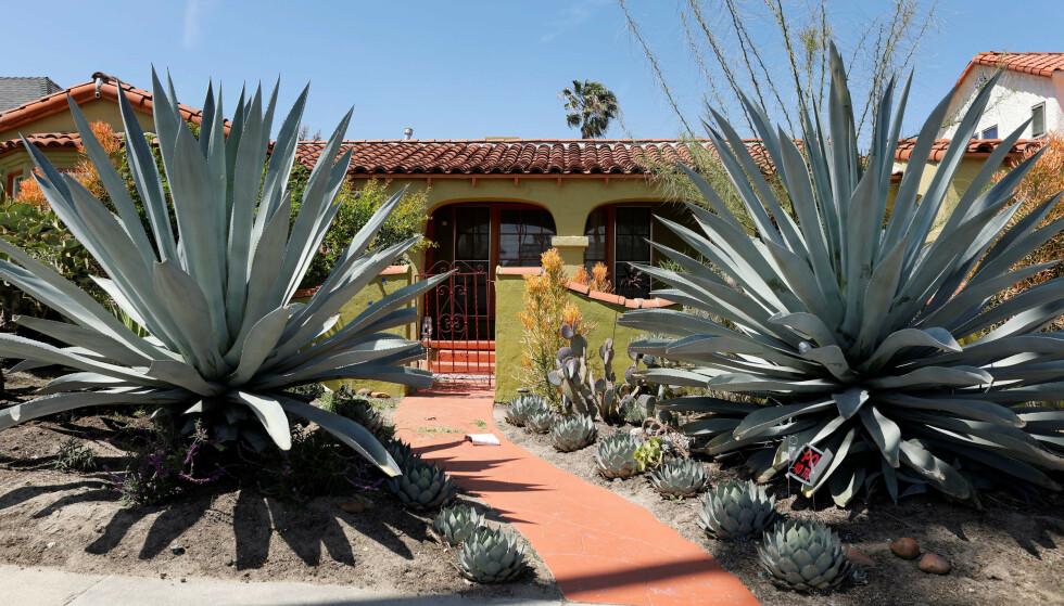 <strong>LOS ANGELES:</strong> Meghans mor bor for tiden i dette huset i Los Angeles. Det skal blant annet være nærhet til moren som skal være årsaken til at Meghan og Harry nå skal være på boligjakt i byen. Foto: NTB Scanpix