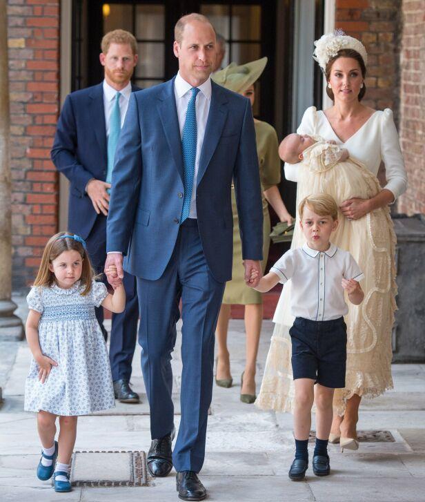 TREBARNSFORELDRE: Kate og William har datteren Charlotte og sønnene George og Louis sammen. Her under sistnevntes dåp i fjor. Foto: NTB Scanpix