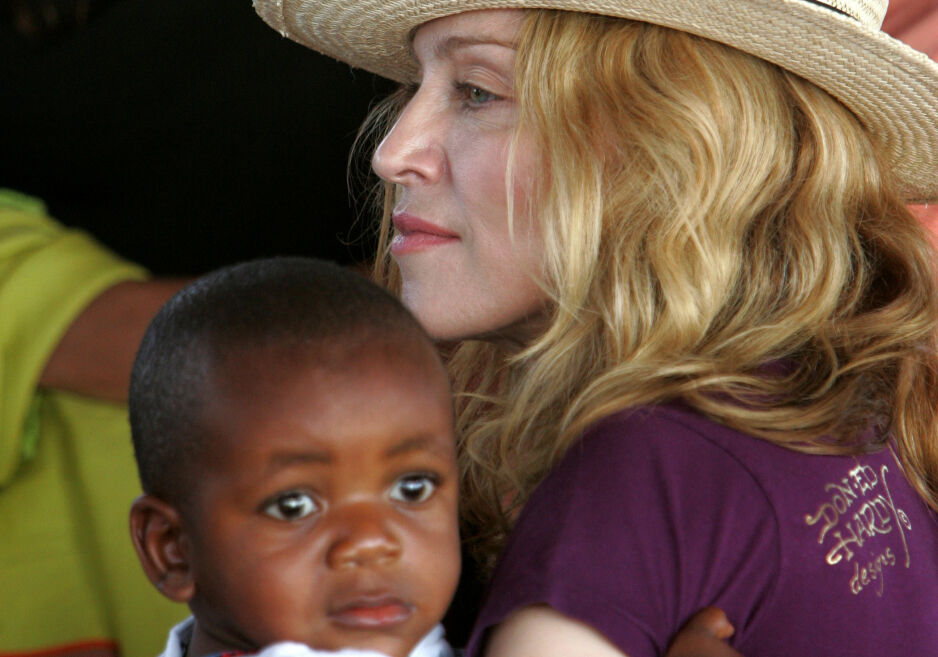 MORSROLLEN: Madonna letter på sløret om sine seks barn, og om feil hun ikke vil begå igjen. Foto: NTB Scanpix