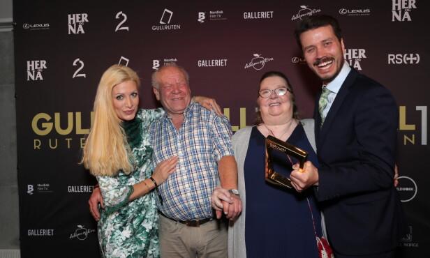 VANT PRIS: «Charterfeber» vant prisen for årets tv-øyeblikk, takket være Bjørge og Tove Olsen (i midten) sine problemer med en lysbryter. Foto: Andreas Fadum