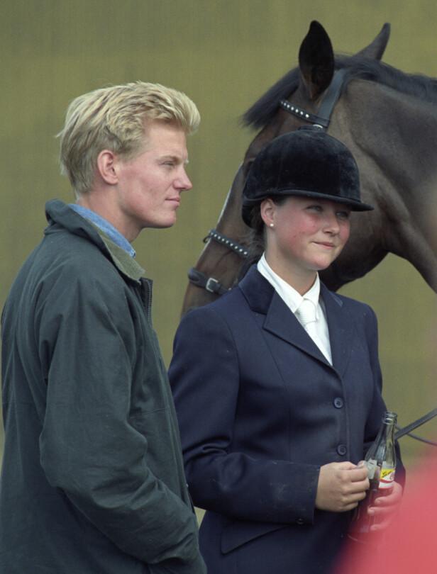 <strong>NUMMER TO:</strong> Märtha Louise ble i 1991 sammen med BI-studenten Per Gunnar Haugen. De gikk offisielt sett fra hverandre i 1994. Her er de fotografert på et ridestevne i Sarpsborg. Foto: Jon Eeg / NTB scanpix