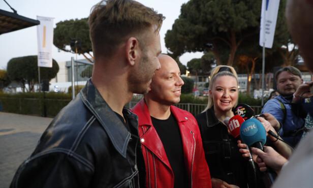 <strong>KLARE:</strong> KEiiNO møtte lørdag kveld pressen i Tel Aviv, bare kort tid før finalen. De kunne blant annet avsløre at de skal gi jernet i kveld. Foto: NTB Scanpix