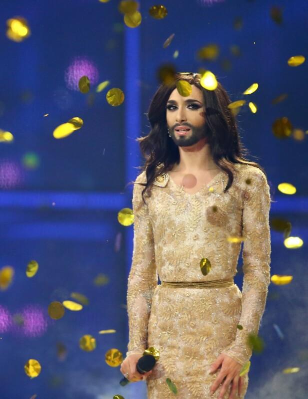 MINNEVERDIG: Det var slik vi først ble kjent med Conchita i 2014, da han stakk av med Eurovision-seieren. Foto: NTB scanpix